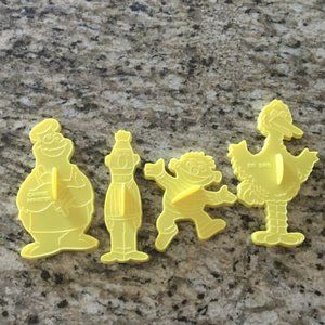 VTG Set of 4 Sesame Street Cookie Cutters (1977)